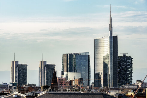 Italy, Milan, view to modern skyscrapers - CSTF001144