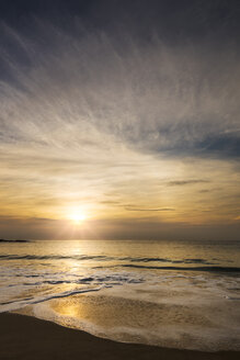 Australia, Coogee, Coogee beach at sunset - GOAF000004