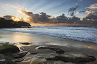 Australia, New South Wales, Tamarama, Beach at sunset - GOAF000046