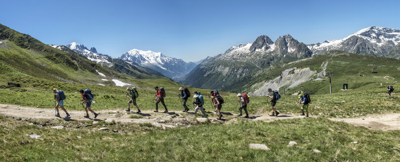 France, Chamonix,  Mountaineers at Le Tour - ALRF000645