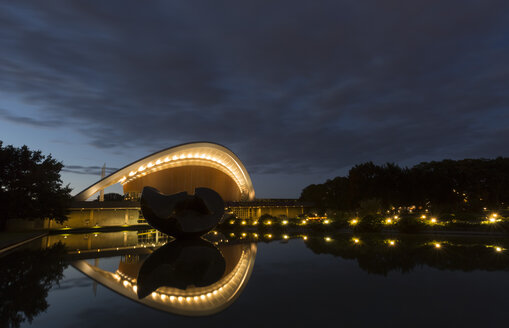 Germany, Berlin, lighted house of World Cultures - FC001033