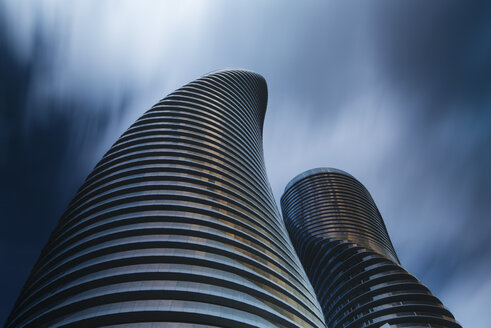 Canada, Ontario, Toronto, Absolute World Towers and moving clouds - FC001054