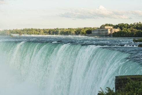 Canada, Ontario, Niagara Falls, Lake Ontario - FCF001057