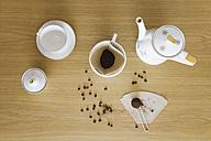 Preparing filter coffee - GWF004884