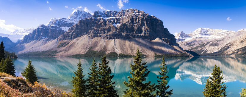 Canada, Alberta, Rocky Mountains, Banff National Park, Bow Lake - SMAF000536
