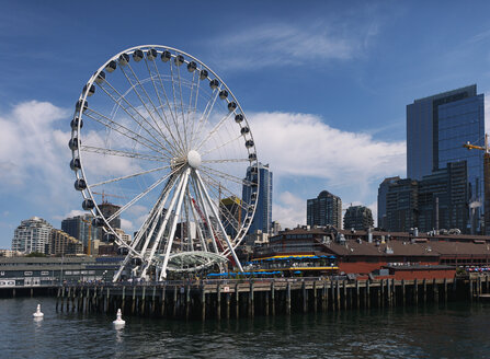 USA, Washington State, Seattle, Seattle Great Wheel - SEL000107