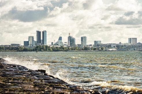 Estonia, Tallinn, Gulf of Finland, skyline - CSTF001205