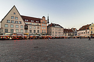 Estonia, Tallinn, market place in the evening - CST001208