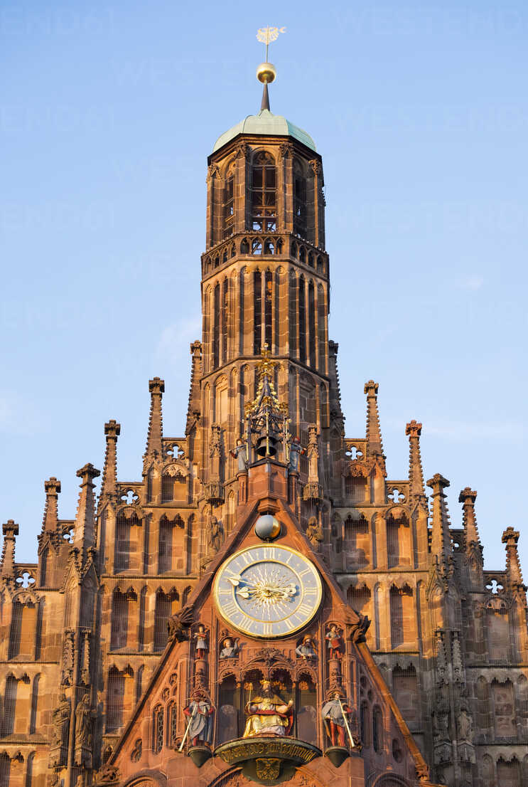 Germany, Nuremberg, view to west facade of Church of Our Lady - SIEF007096 - Martin Siepmann/Westend61