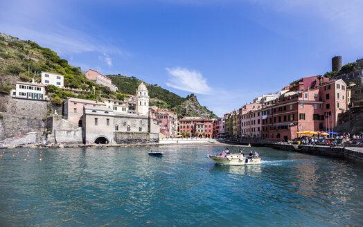 Italy, Cinque Terre, Vernazza - JLR000078