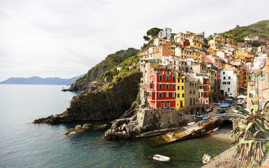 Italy, Cinque Terre, Riomaggiore - JLRF000081
