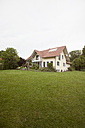 Residential house with garden - RBF005142