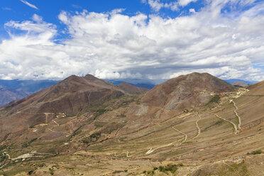 Peru, Cajamarca region, Celendin, Serpentines in the Andes - FOF008469