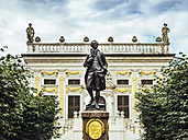 Germany, Leipzig, view to Old stock exchange at Naschmarkt with Goethe memorial in the foreground - KRP001788