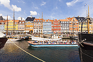 Denmark, Copenhagen, Nyhavn, canal and tourist boat - WD003741
