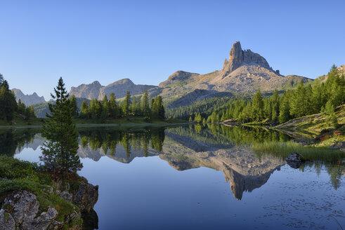 taly, Dolomites, Belluno, mountain Becco di Mezzodi reflecting in Federa Lake - RUEF001741