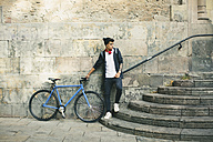 Teenager with a fixie bike in the city - EBSF001753