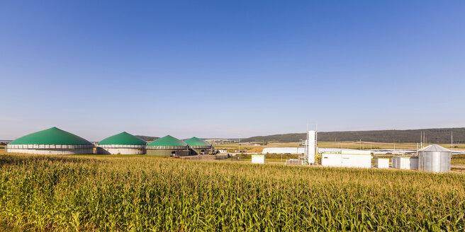 Germany, Riedlingen, Cross and biogas plant - WDF003753