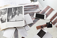 Photographies and film strips on desk - KNTF00485