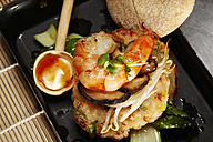 Asian style prawn burger with mushrooms and soy sprouts - SCF00483