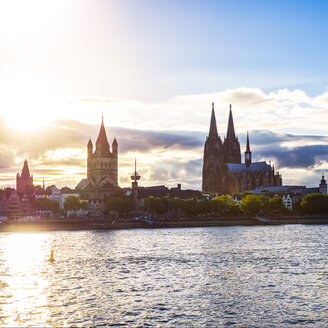 Germany, Cologne, view to Gross Sankt Martin and Cologne Cathedral, at evening twilight - KRPF01843