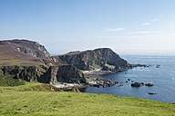 United Kingdom, Scotland, Inner Hebrides, Isle of Islay, cliff coast at Mull of Oa - ELF01804