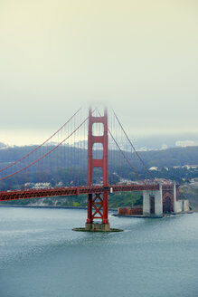 USA, California, San Francisco, Golden Gate Bridge as seen from Golden Gate View Point - BRF01402