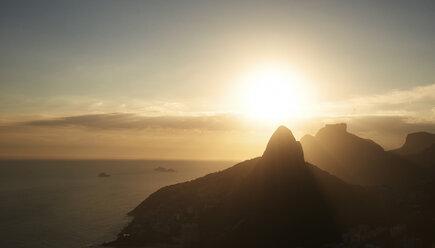 Brazil, Rio de Janeiro, Sunrise on the Atlantic Ocean shoreline - BCDF00035