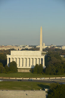 USA, Washington, D.C., Aerial photograph of Washington Monument and Lincoln Memorial - BCDF00113