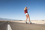 Spain, Tenerife, blond young skater skateboarding - SIPF00912