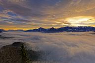 Austria, Tyrol, Wiesing, View from Kanzelkehre in foggy Inn Valley - GFF00782