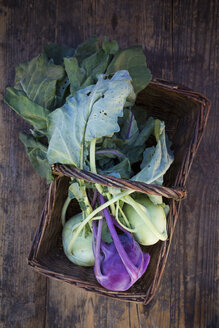 White and purple turnip cabbage - LVF05411