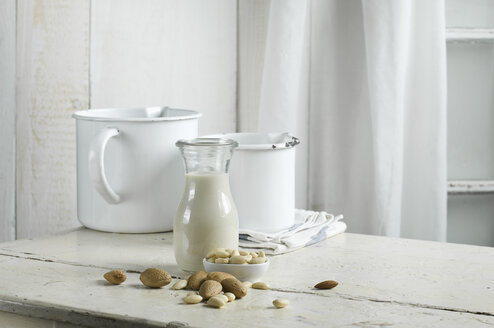 Vegan milk, almond milk - ASF06046