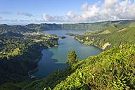 Portugal, Azores, Sao Miguel, Caldera Sete Cidades - RJF00619