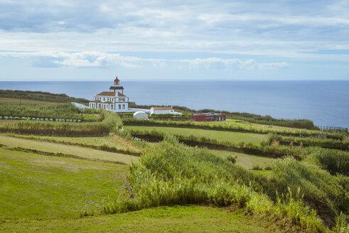 Portugal, Azores, Sao Miguel, Lighthouse at Cape Ponta da Ferraria - RJF00622