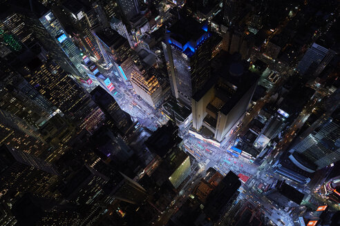 USA, New York City, Times Square at night - BCD00233