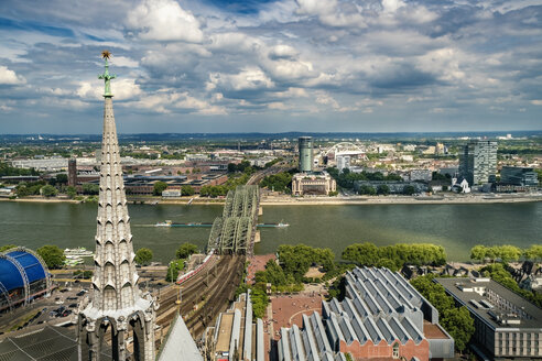 Germany, Cologne, view to Deutz and Rhine River from roof top of Cologne Cathedral - TAMF00721