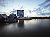 Germany, Duesseldorf, luxury hotel at Media Harbour - KRPF01902