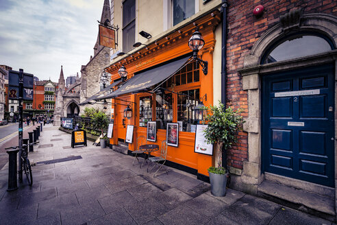 Ireland, Dublin, Tapas bar on St. Andrew Street - MPA00077