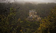 Germany, Wierschem, view to Eltz Castle - MPA00083