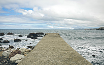 Empty pier on a cloudy day - DAPF00450