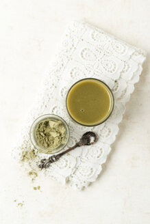 Green smoothie with matcha powder - MYF01820