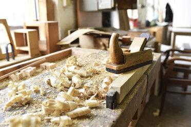 Plane in carpenter's workshop - LYF00672