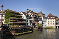 France, Strasbourg, Half timbered houses at Ill river, UNESCO World heritage - WIF03365