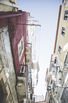 Portugal, Lisbon, facades with drying laundy at Bairro Alto - CHPF00308