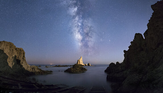 Spain, Almeria, milky way over Arrecife de Las Sirenas - EPF00176
