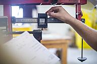 Adjusting measuring device - ZEF11625