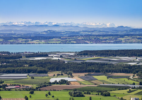 Germany, Baden-Wuerttemberg, Lake Constance and orchards as seen from Gehrenberg - SIEF07140
