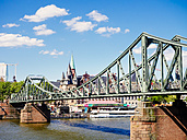 Germany, Frankfurt, view to footbridge 'Eiserner Steg' - KRPF01992