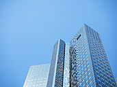 Germany, Frankfurt, modern bank building - KRP02020